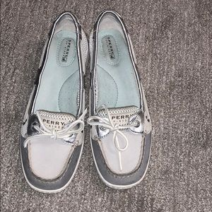 Shoes - Sperry top sliders